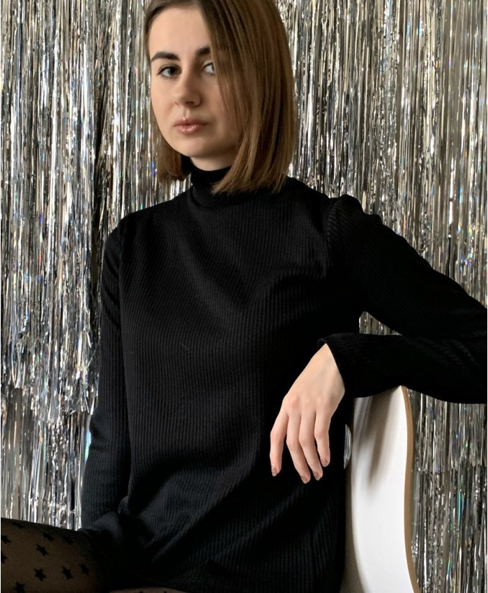 Купити жіночий светр українських брендів за відмінною ціною - сторінка 2 44fdfc0833aaa