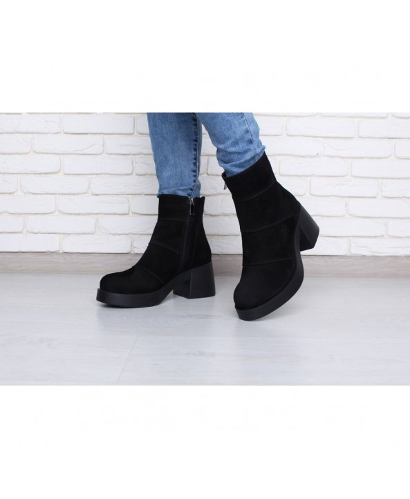... Замшеві демісезонні черевички на масивному каблуці - Villomi ... 013e7dad91dc4