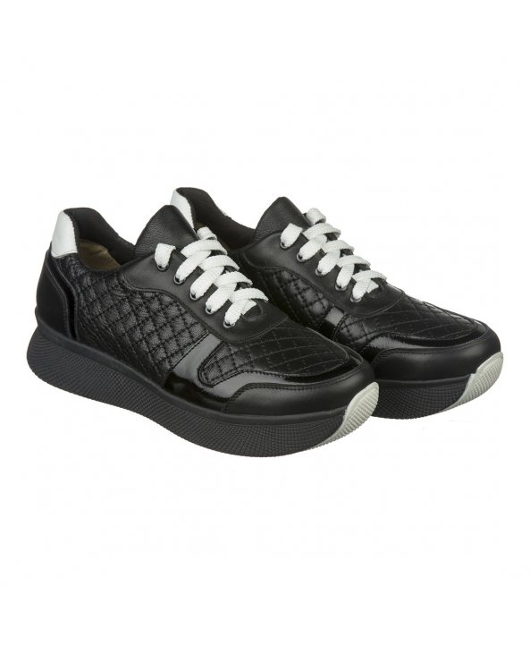 Чорні жіночі кросівки на високій підошві - Villomi ... 364635f848967