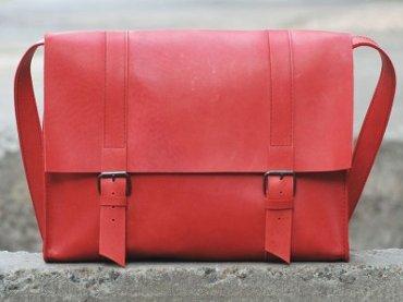 bagllet-red